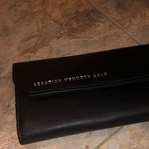 NWT Reaction Kenneth Cole Black Wallet